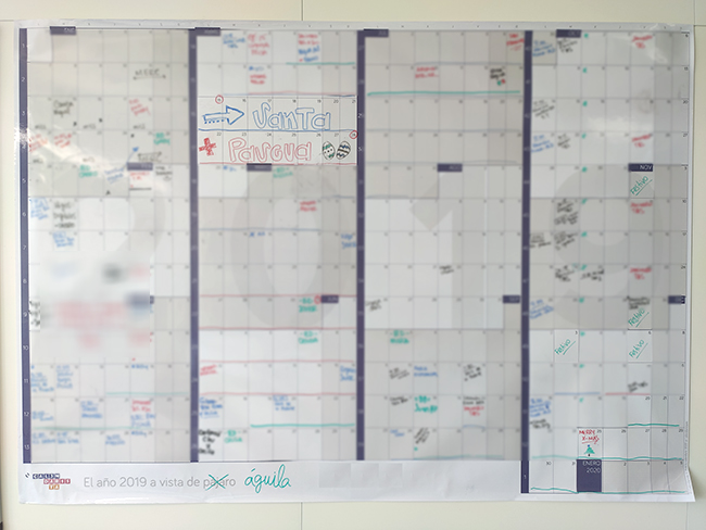 Calendario gigante de pared